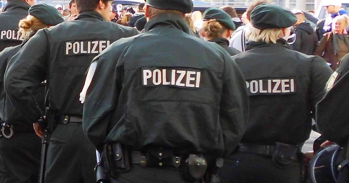 Hooligans-Paderborn-Augsburg