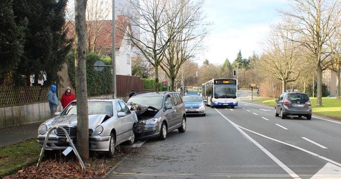 Unfall mit Fahrerflucht in Paderborn
