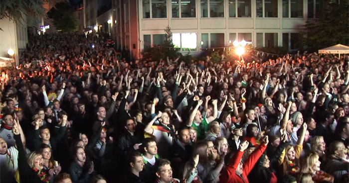 Public Viewing Paderborn EM 2016 Franz-Stock-Platz