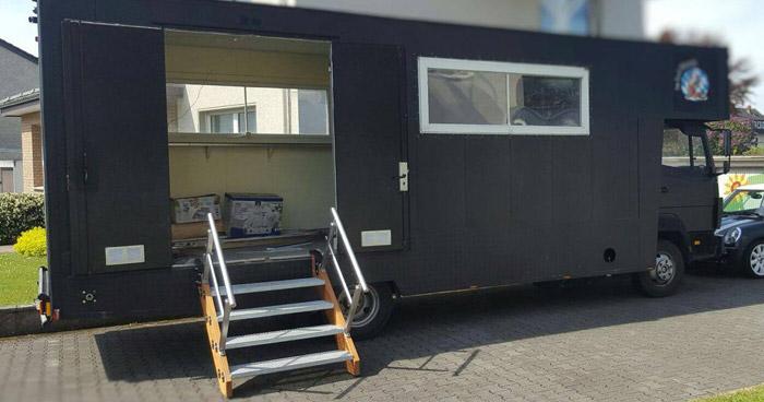 Begehbarer Food-Truck Paderborn