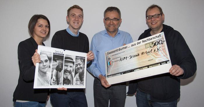 Spenden Übergabe Obdachlosen-Kalender Paderborn