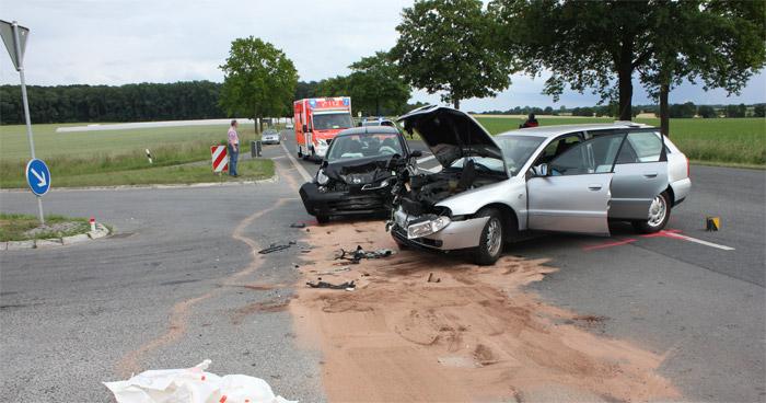 Autounfall-Salzkotten-Paderborn-130616