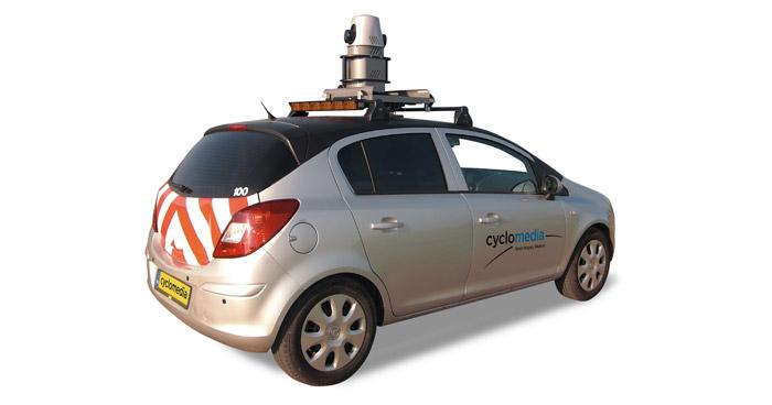 Paderborn Film Auto filmt Google