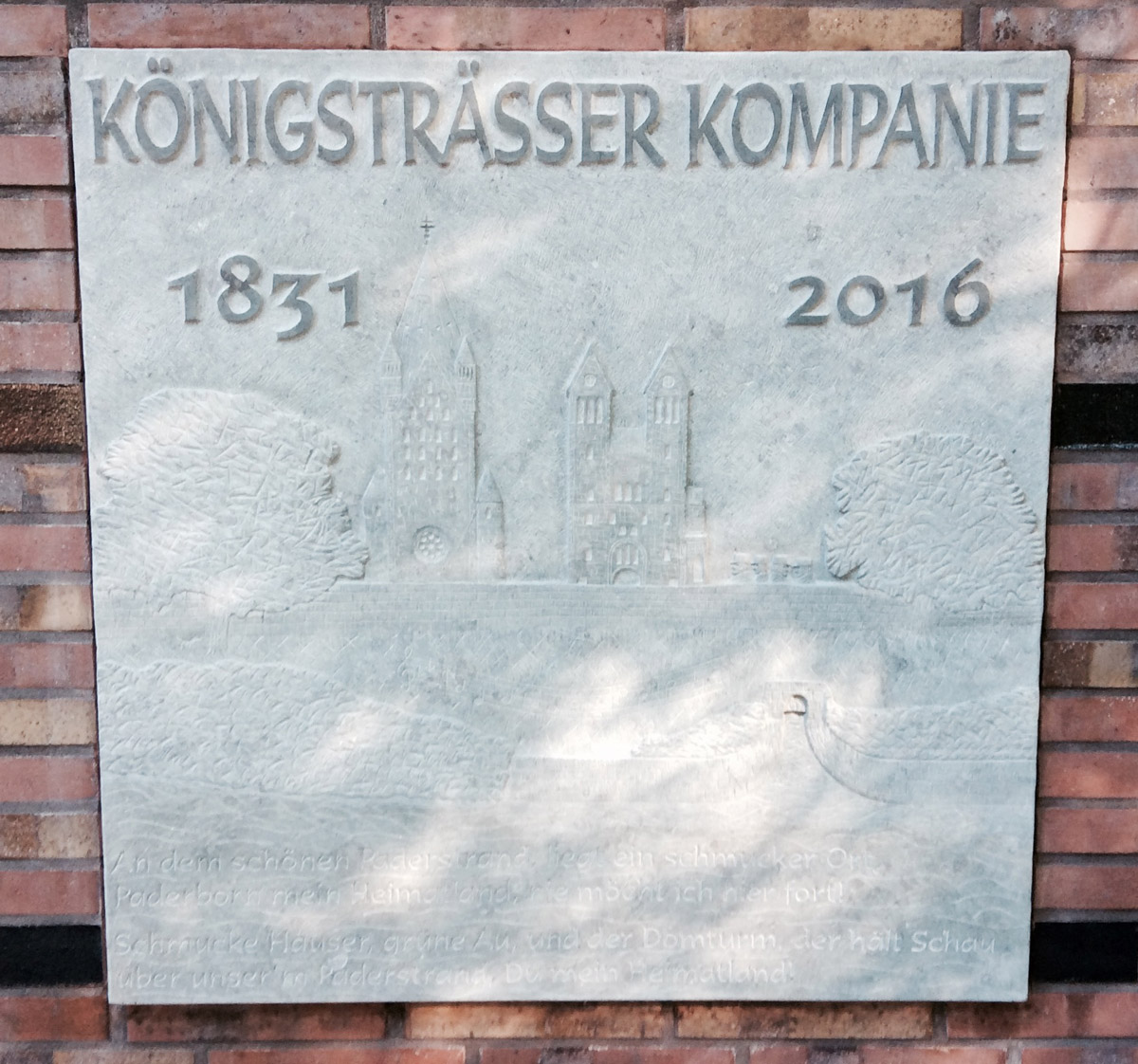 Neues Steinrelief der Königssträßer Kompanie auf dem Schützenplatz Paderborn
