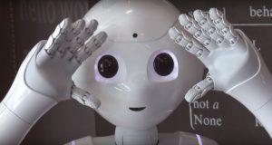 Pepper - Neuer humanoider Roboter am HNF Paderborn