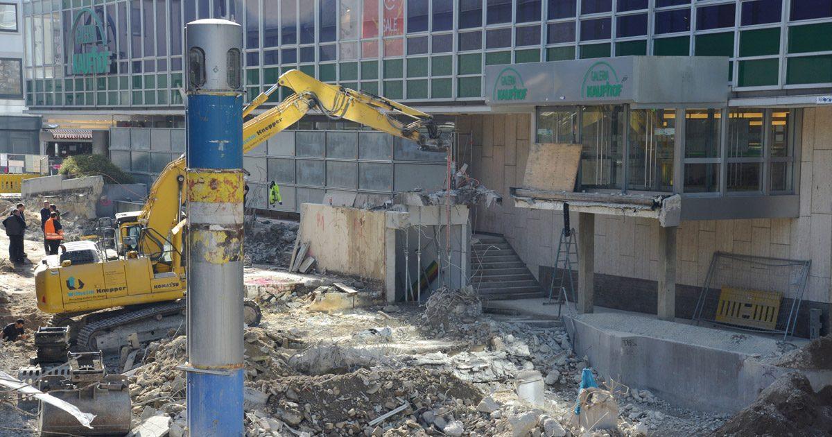 Königsplätze Paderborn Rampe Kaufhof Klingenthal Bauarbeiten abgerissen